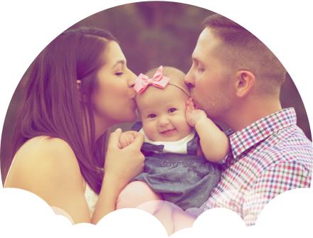 família feliz com empresa saudável
